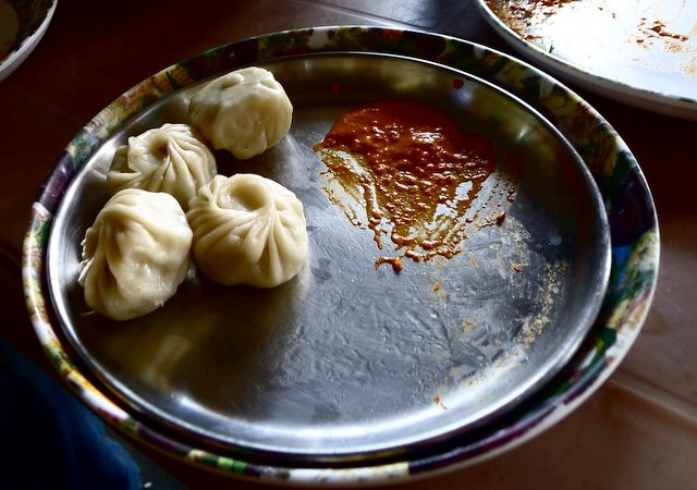 road side veg momos